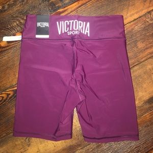 VS Sports bra(L) and Shorts (M) NWT